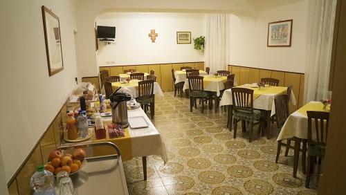 Sala-da-pranzo7